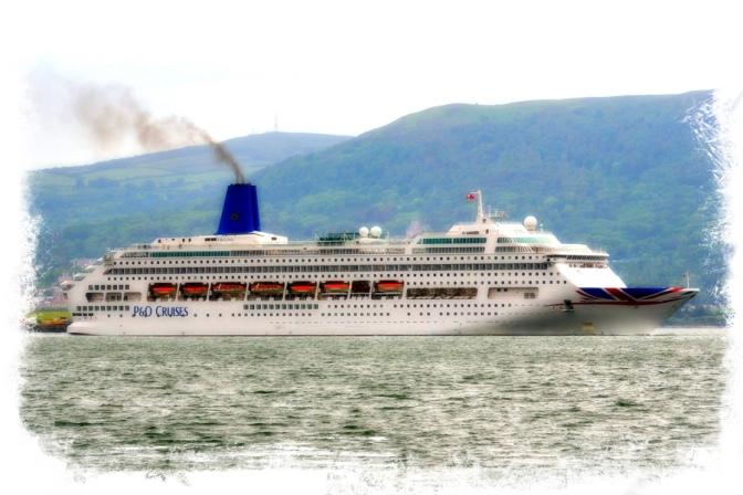 MV Oriana